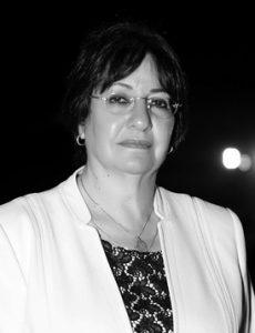 Dr.Nadia El.Aref